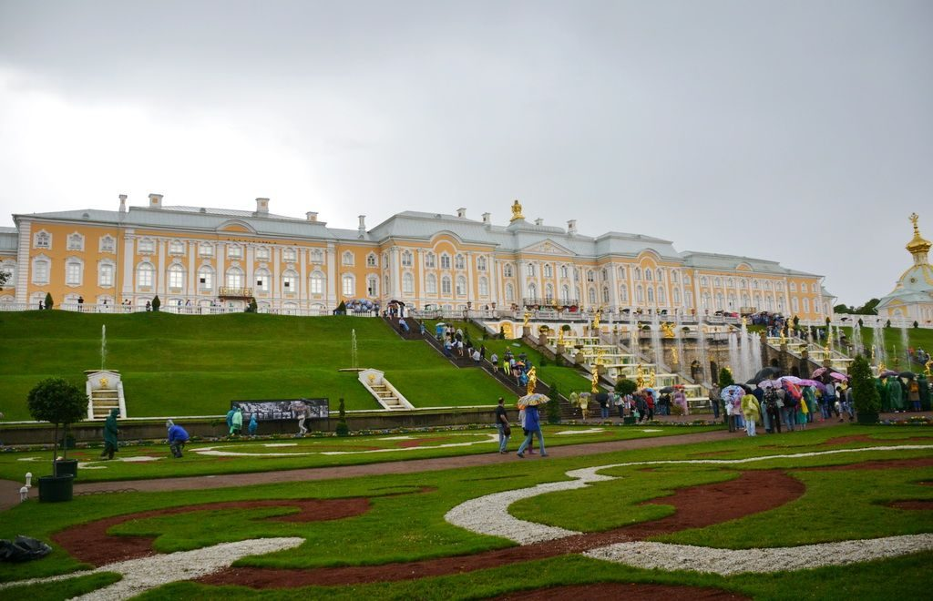 Grand Palace in Peterhof