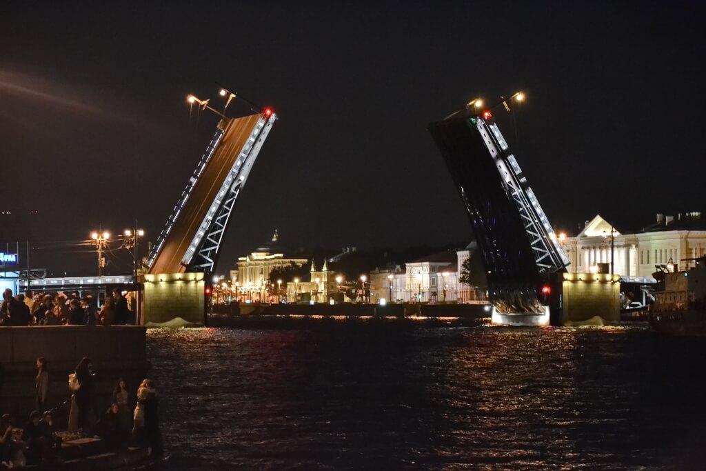View on the Palace bridge