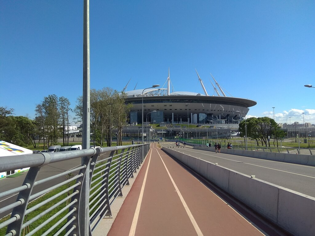 Yachtennyy bridge near the stadium