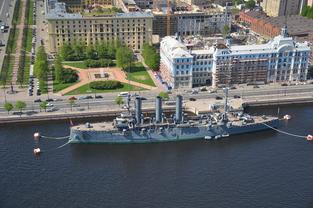 A bird`s-eye view of the cruiser Aurora