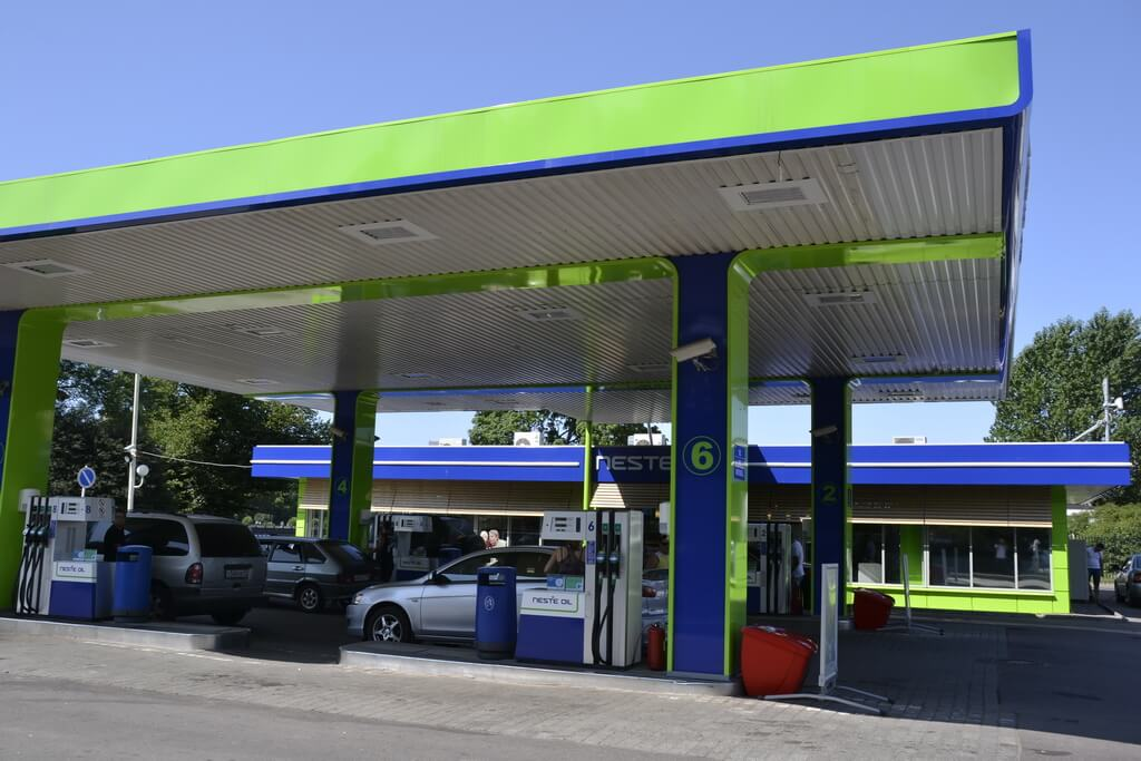 the Neste petrol station