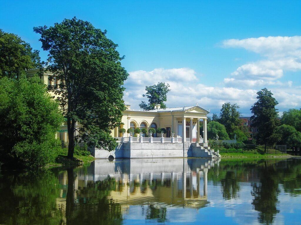 the Tsarina's pavilion